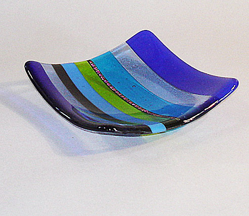 Striped dishes blue